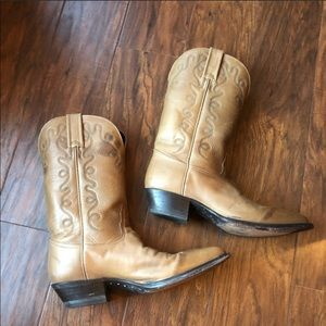 Tony Lama Tan Western Pointed Leather Boots 6.5